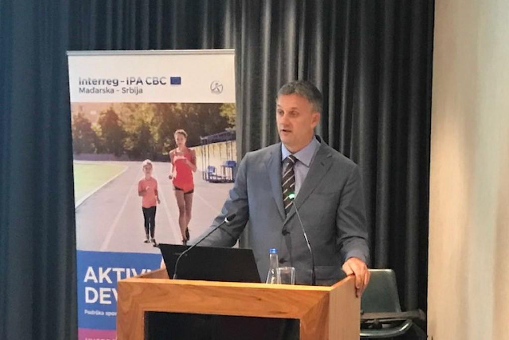 Evropska nedelja sporta: Vladimir Batez otvorio konferenciju posvećenu značaju edukacije u radu sa devojčicama u sportu